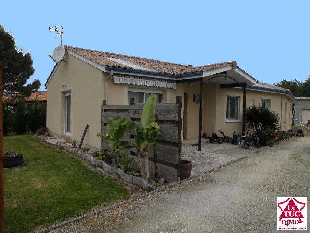 SAINT CIERS/GIRONDE Maison 140 m²  4 chbres sur 997 m²