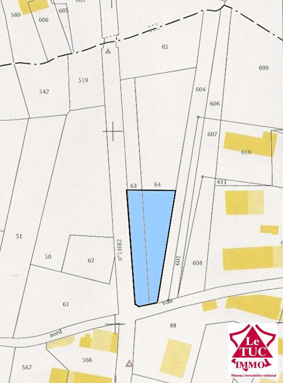 DONNEZAC Terrain à bâtir de 1015 m2