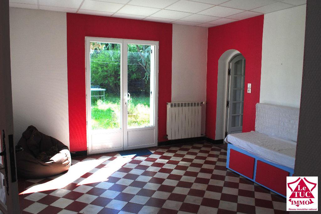 CAMPUGNAN  Maison 170 m²  4 chambres  sur 1 170 m²