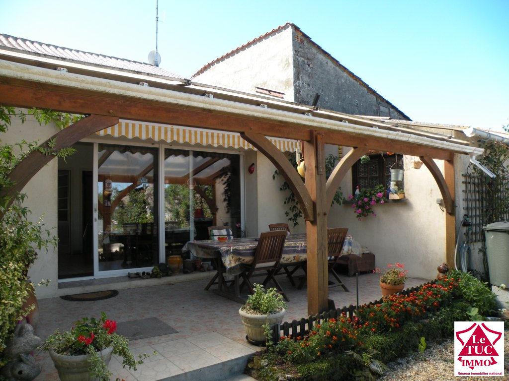 BRAUD ET ST LOUIS Maison 125 m² sur 2 300 m²  3 chambres