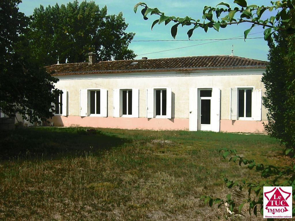 Jolie maison en pierres - Secteur St Seurin de Cursac