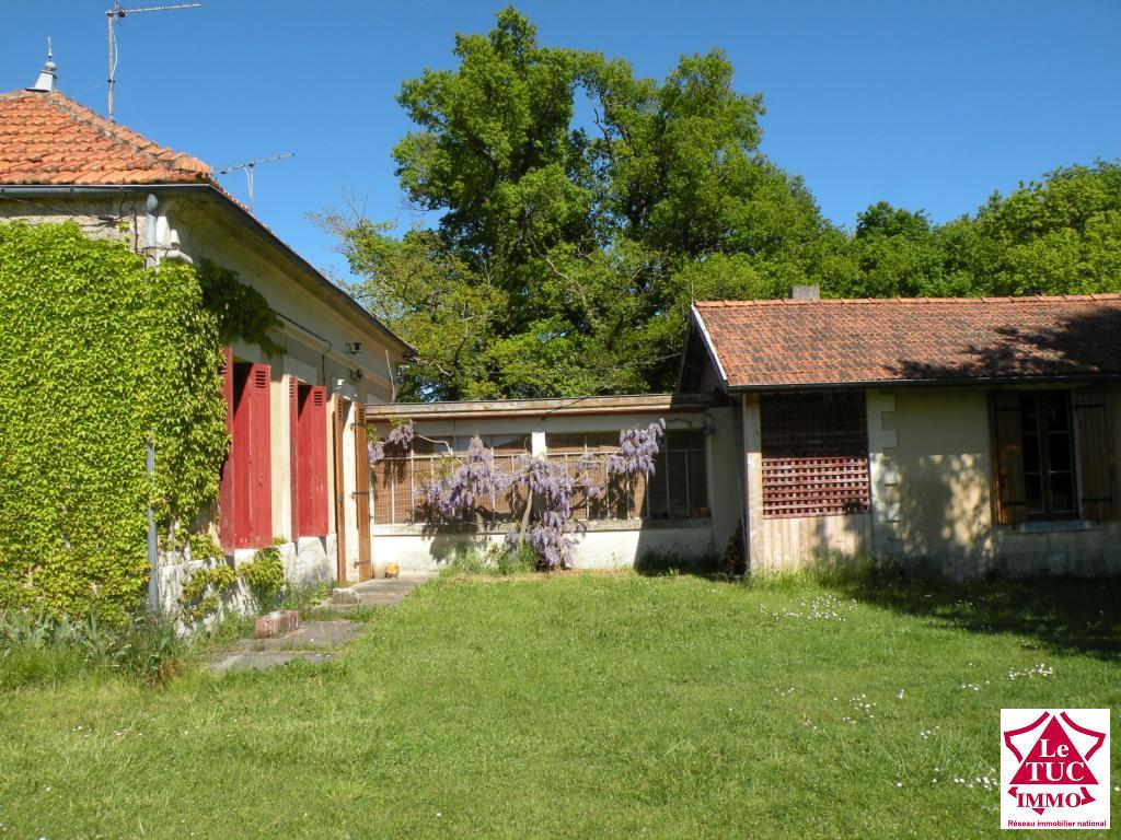 REIGNAC Maison 135 m²  4 chbres combles 30 m² aménagés