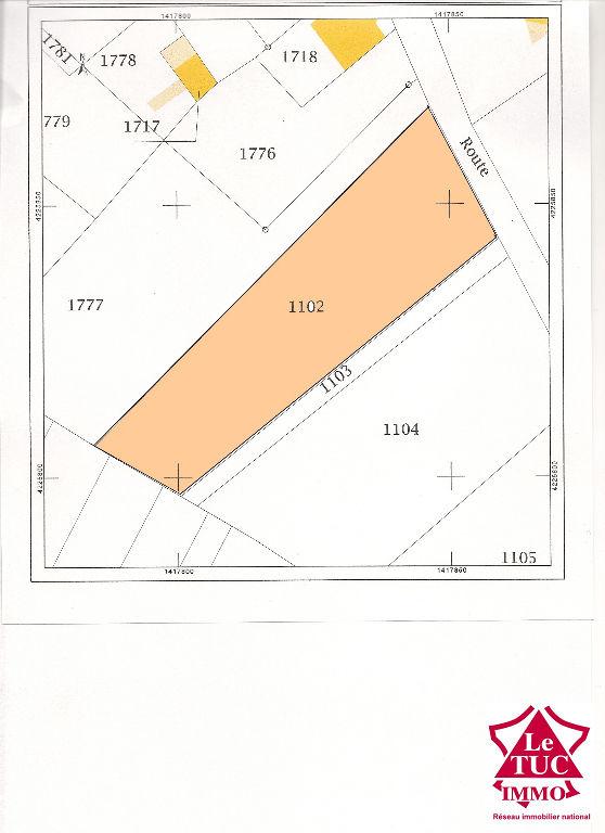 CARTELEGUE  Terrain à batir de 1785 m²