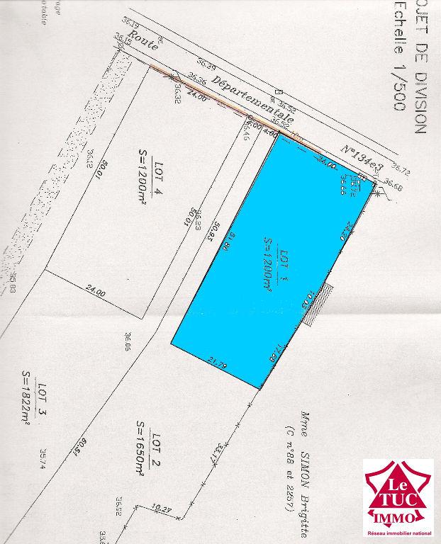 CAMPUGNAN Terrain  à bâtir de 1 200 m²