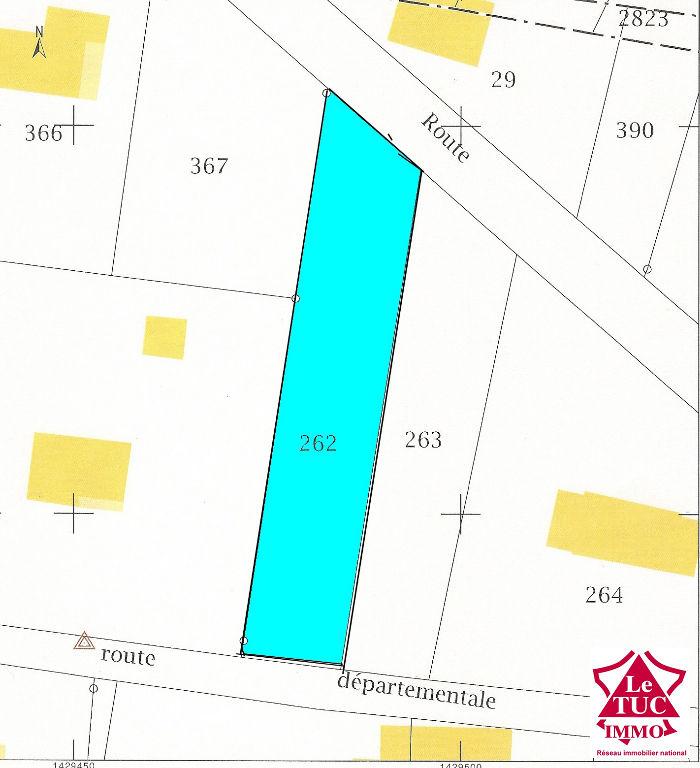 DONNEZAC  Terrain à bâtir  de 918 m²