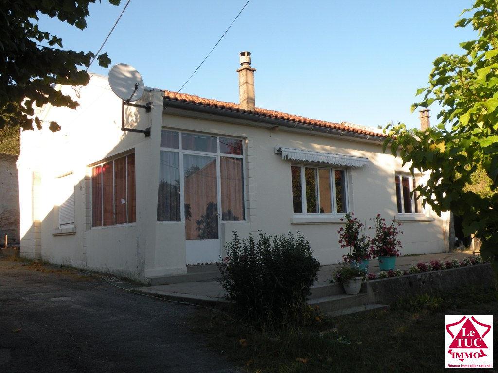 MARCILLAC Maison plain pied 90 m² sur 2 105 m²