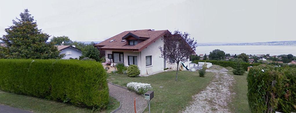 NEUVECELLE Secteur résidentiel, villa de caractère de 288m² avec vue lac panoramique