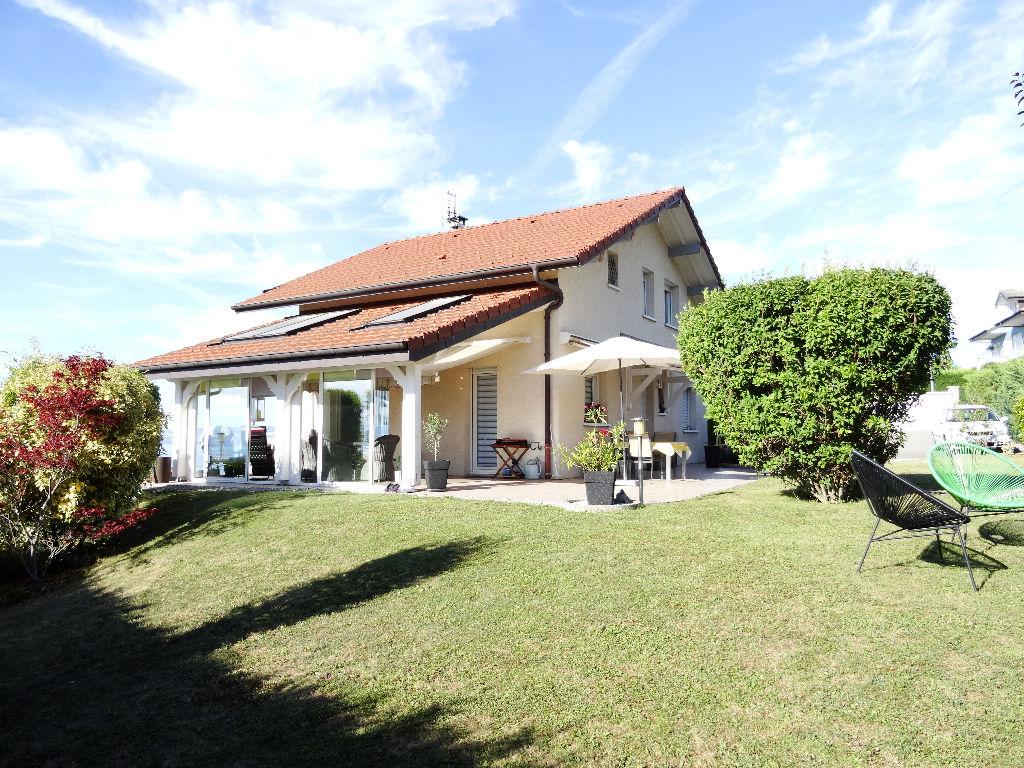 Villa Type 5 édifiée sur un terrain de 1089 m²