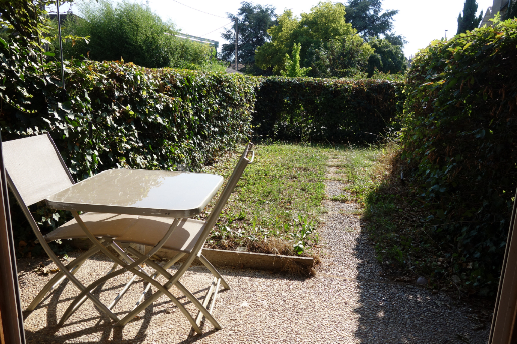 Type 2 rez de jardin de 51.43 m² et parking privaitif