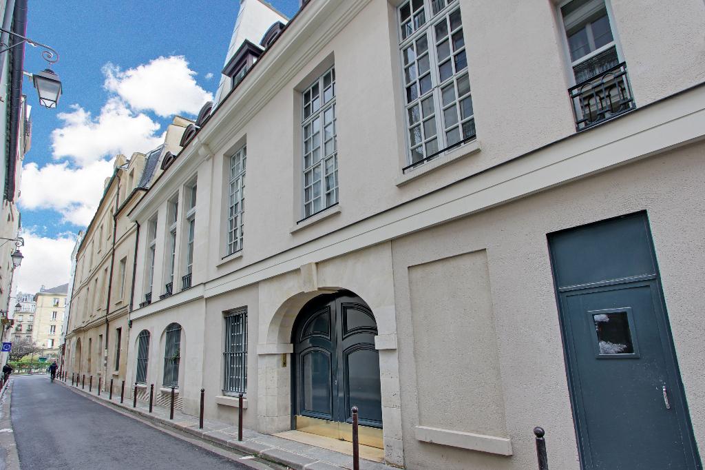 Location maison appartement paris h tel de ville 4e for Appart hotel paris location au mois